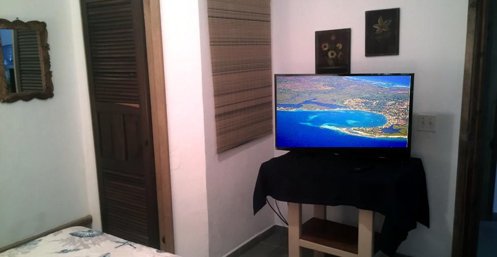 West Bedroom TV.jpg