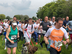 And they're off! Start of the 2019 Buttercup Run