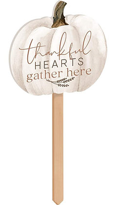 Thankful Hearts Yard Sign