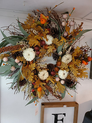 Oak Leaf Twig Fan Wreath