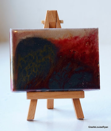 Little (teeny tiny) Cutie with easel  LCE021