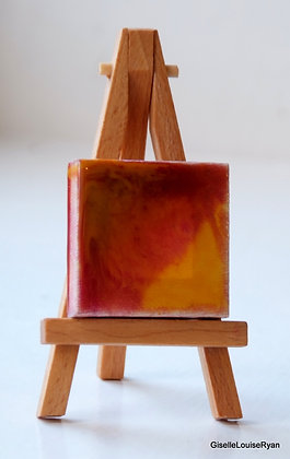 Little (teeny tiny) Cutie with easel LCE025