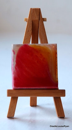 Little (teeny tiny) Cutie with easel LCE006