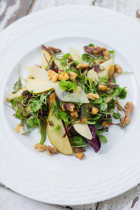 classic walnut and pear salad