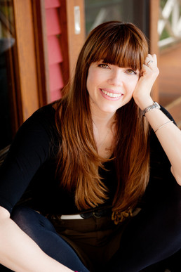 Kate Morton, book portrait