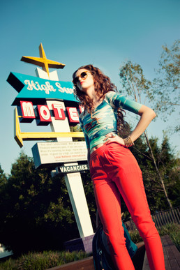 editorial fashion - summer retro