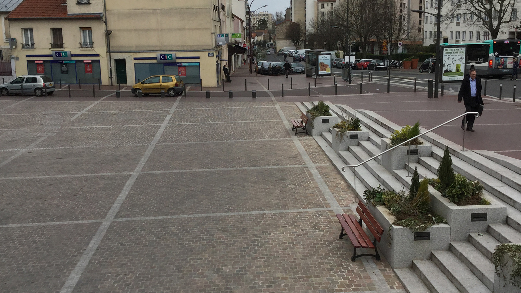 PA350_-_Chatillon_place_du_marché_06.JPG