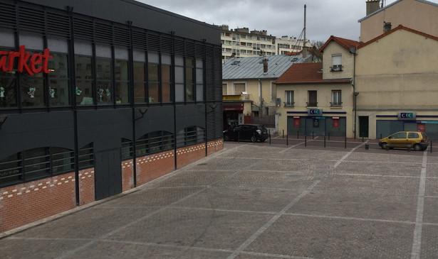 PA350_-_Chatillon_place_du_marché_18.JPG