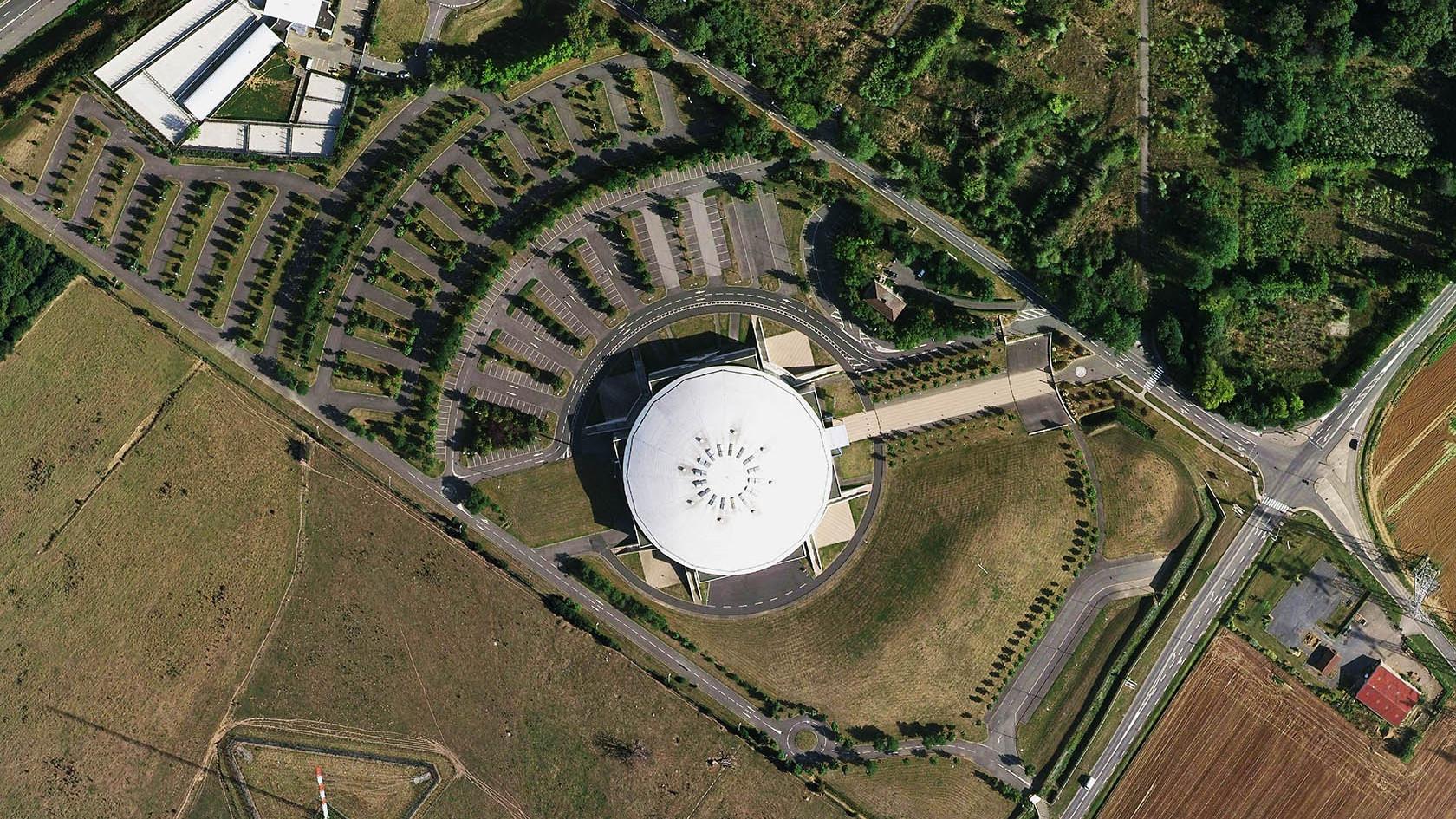 01-VILLEBON-Grand Dome .jpg