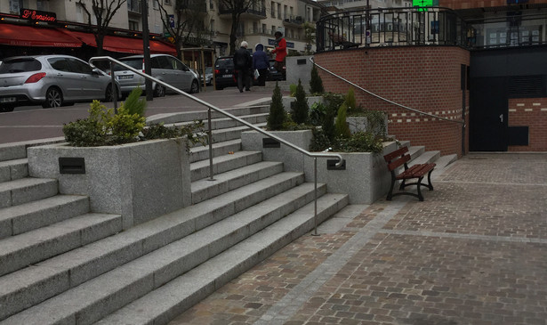 PA350_-_Chatillon_place_du_marché_03.JPG