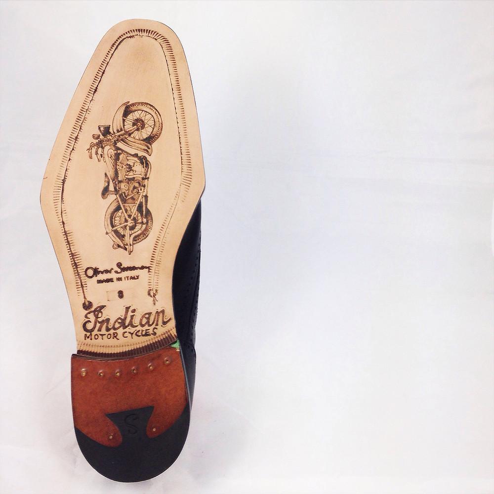 Al King Shoe 02.jpg