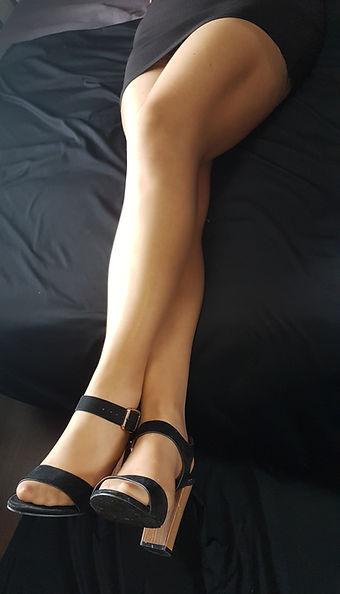 pieds collants bas odorants fetichiste