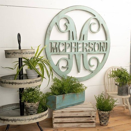 Circle Vine with Family Name Marked down and ships free today!!
