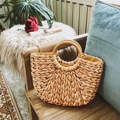 These straw handbags are 40% OFF with group code