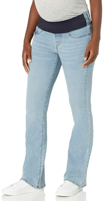 20% OFF Levi's Jeans for the entire family here, including expecting moms!