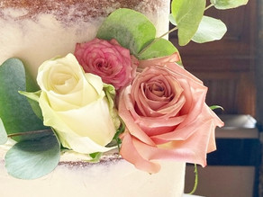 What to expect at your wedding cake consultation