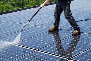 washing and cleaning photovoltaic panels