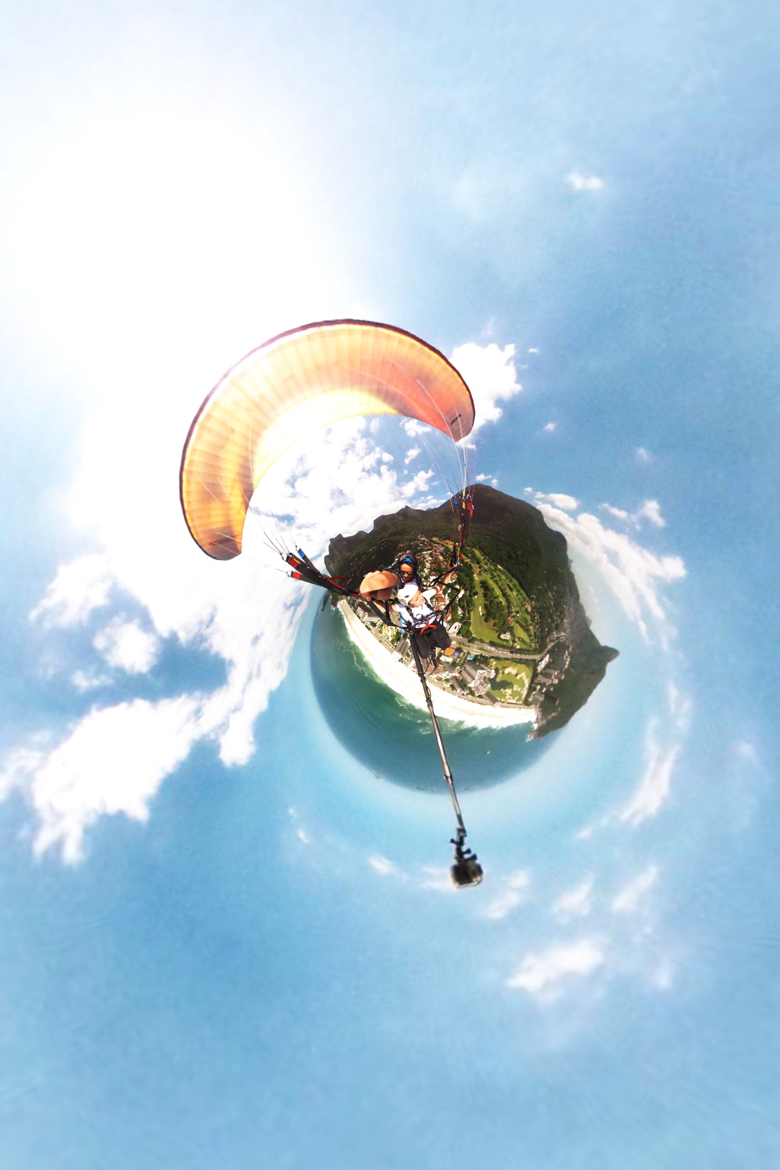 360 degree piture paragliding