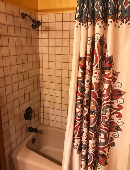 downstairs-bathroom-2.jpg