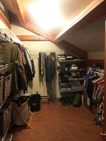 Upstairs-Grand-Closet.jpg