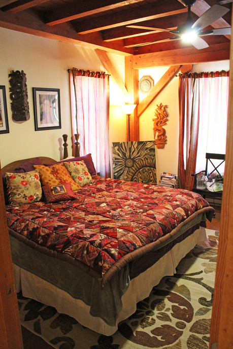 downstairs-bedroom.jpg