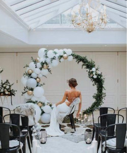 Romantic Arch with balloons