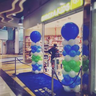 Columnas aperturas de tienda (PORTO PI)