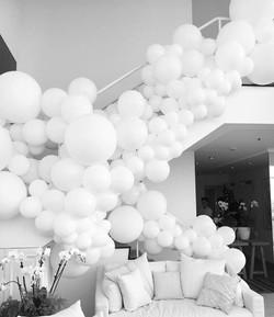 Arco de globos para escaleras