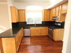Kitchen 22.jpg