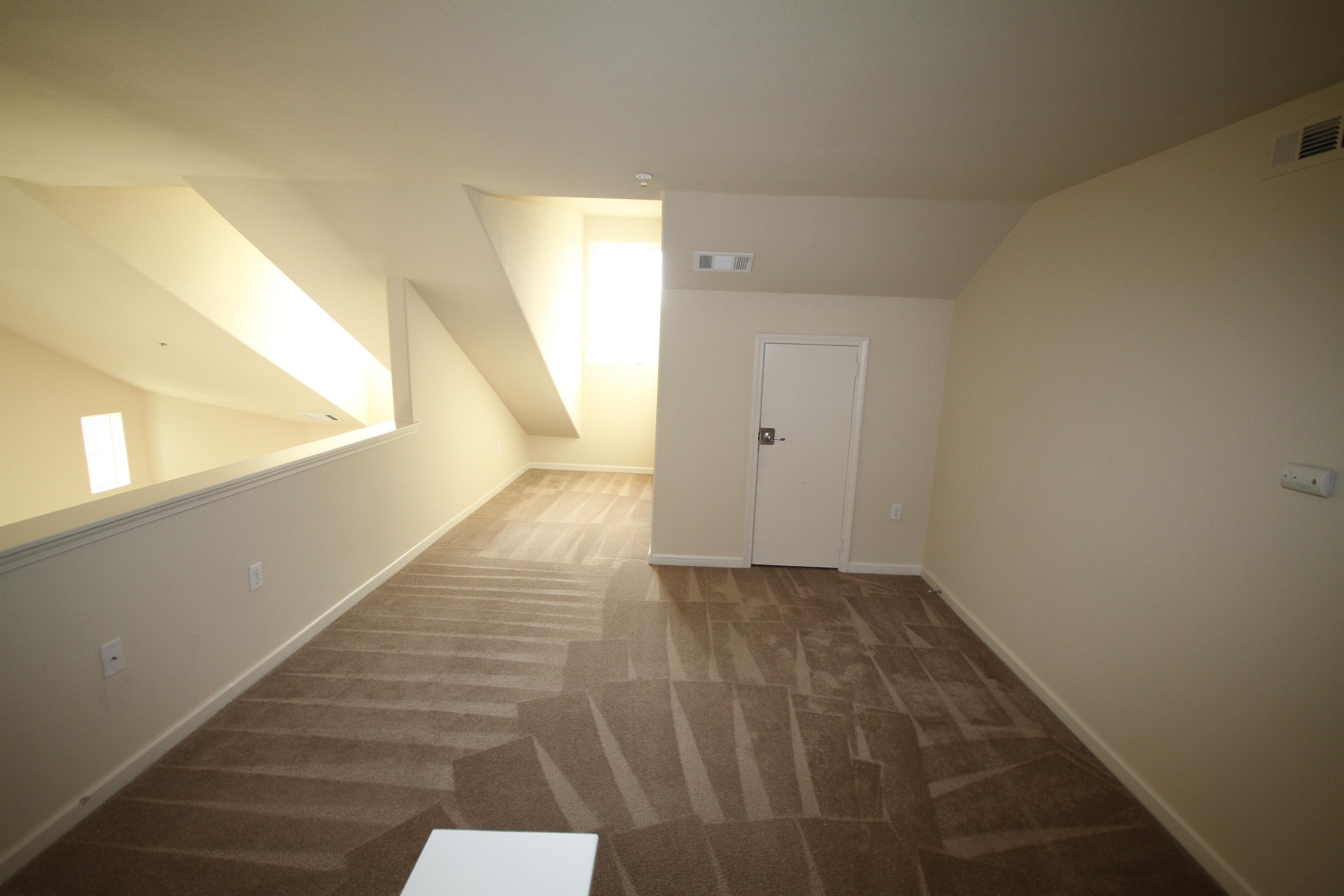 Upstairs+Loft.JPG