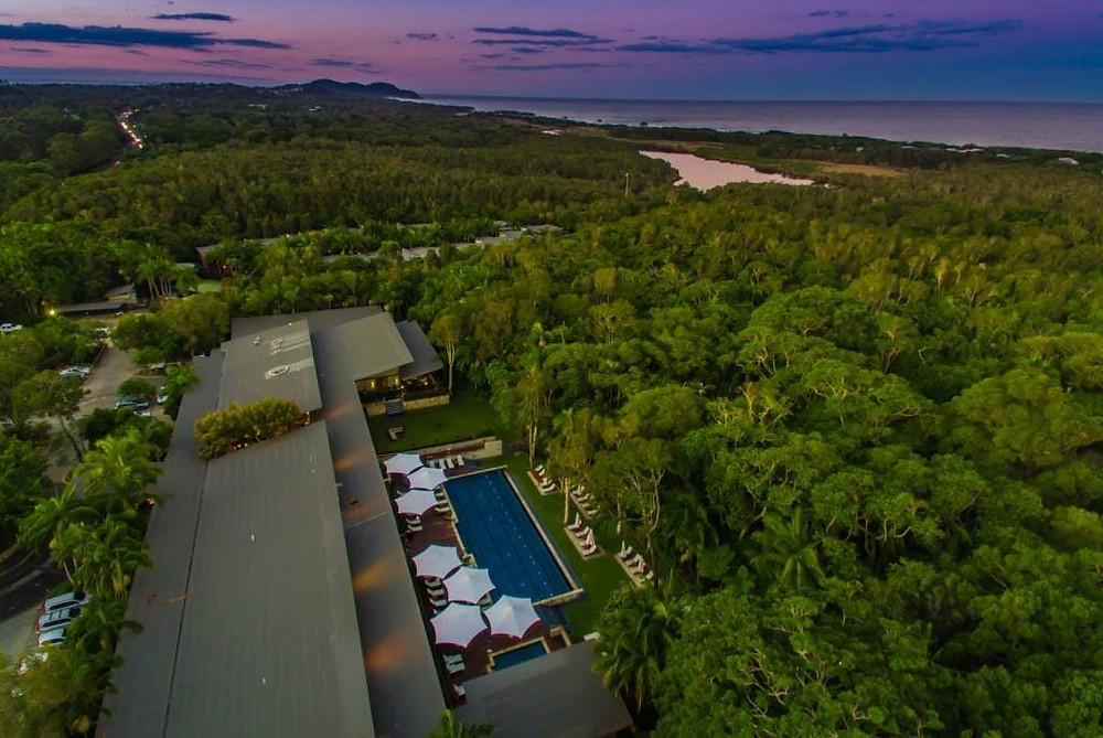 Ocean meets rainforest - Cyrstalbrook Byron is only 5 minutes from Byron Bay town
