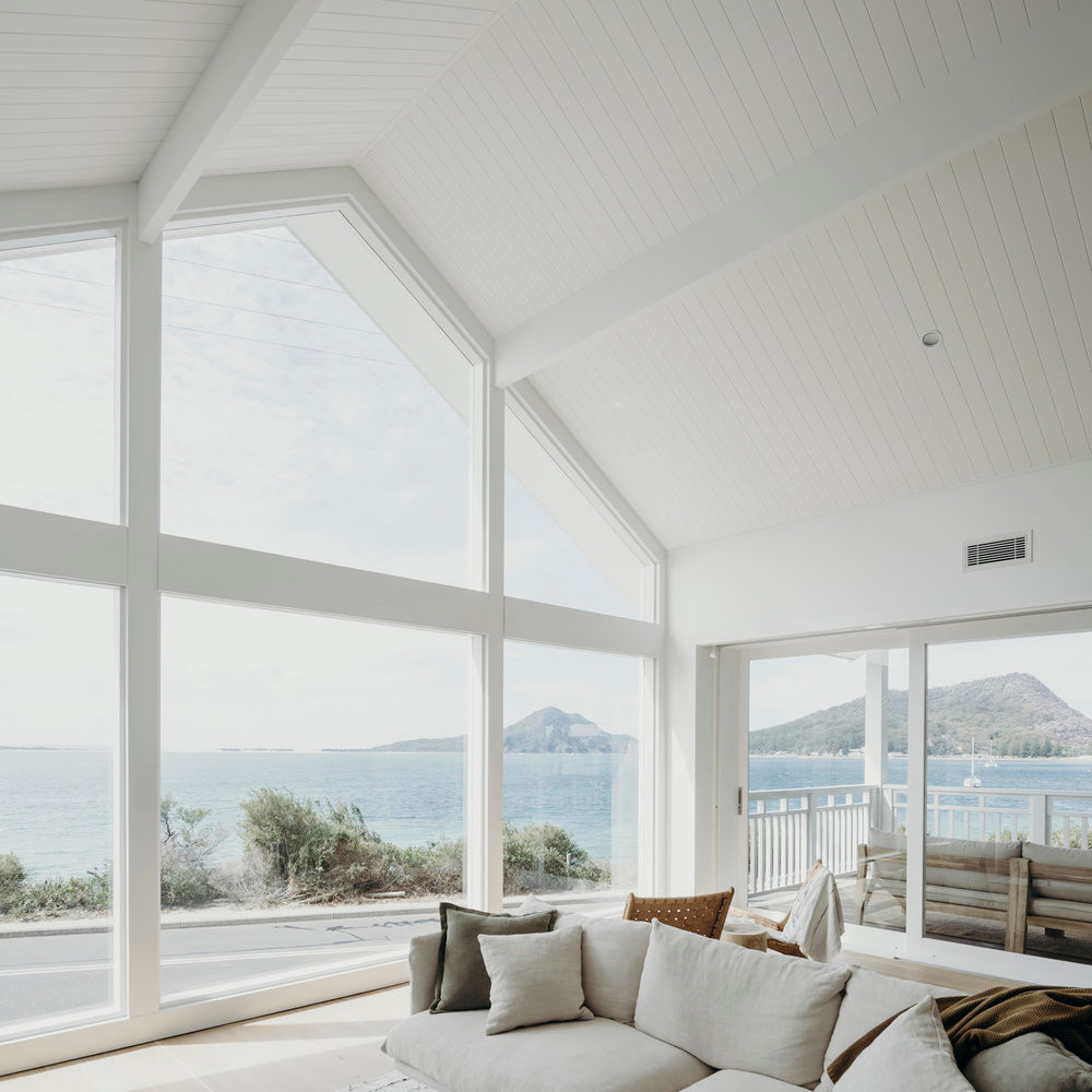 Salt One: a beachfront luxury rental in Port Stephens, NSW