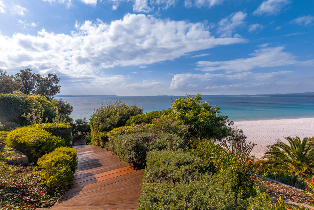 White Sands Hyams Beach: the holiday rental that overlooks the 'whitest sand in the world'