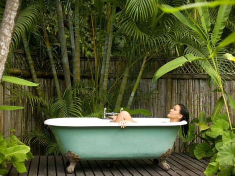 8 Out of This World Hotel Bathrooms