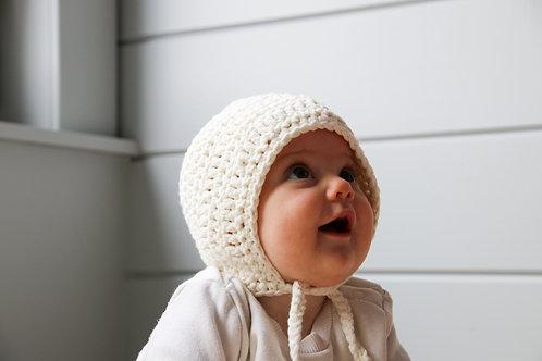 Muts 'bonnet' wit