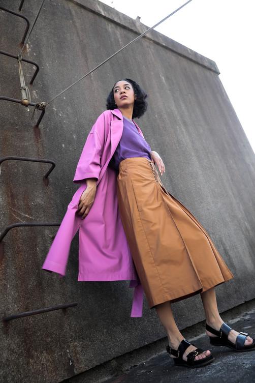 scheme stitch coat  MG JK-1865-F 33,000 yen   lace up skirts  MG SK-1851-F 16,000 yen
