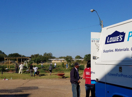 Lowe's Helps to Keep Jackson Beautiful with $20,000  Community Improvement Grant