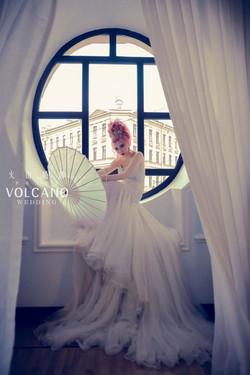 volcano wedding-Russia