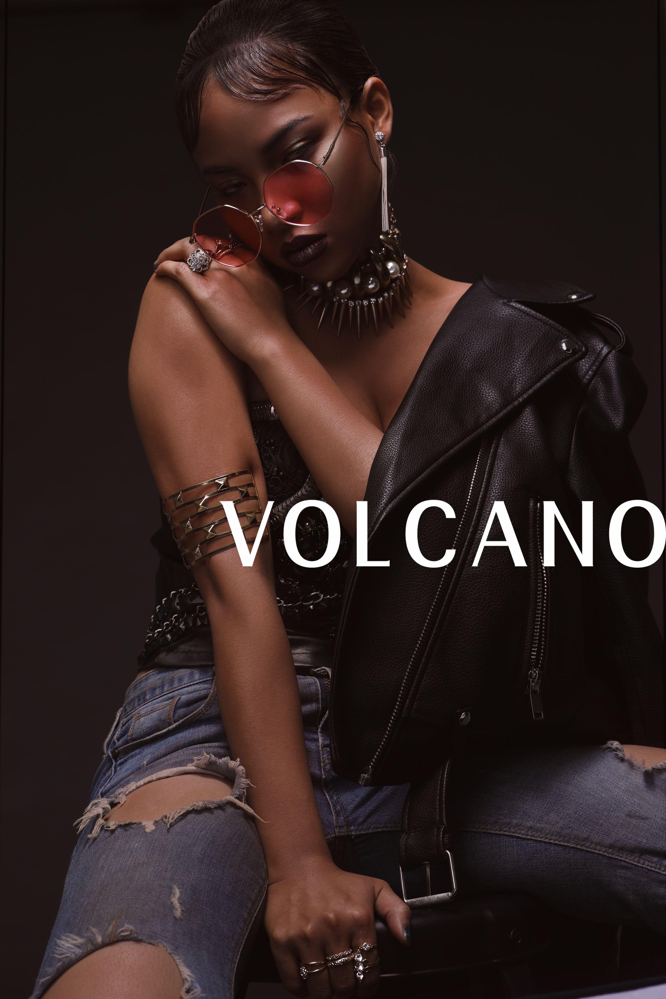 Rihanna-1s