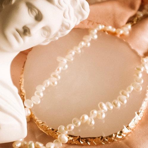 Céleste Pearl Necklace