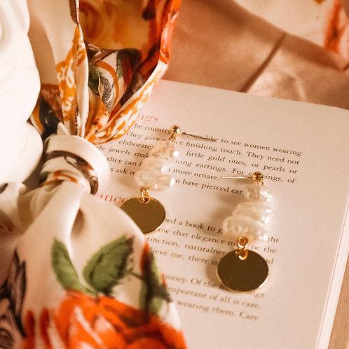 Nina Pearl Earrings