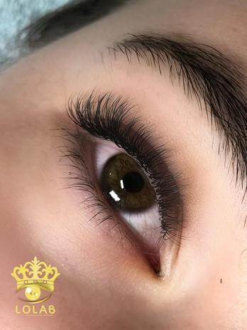 brittany hybrid lashes.jpg