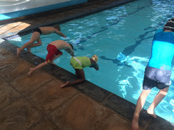 Racing dives!