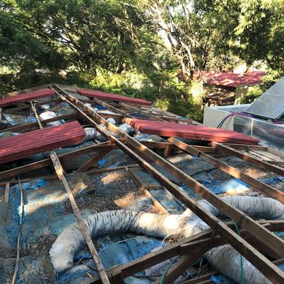 החלפת גגות אסבסט בעוטף עזה