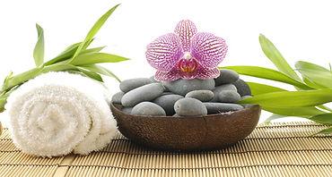 massage-pierres-chaudes 2.jpg
