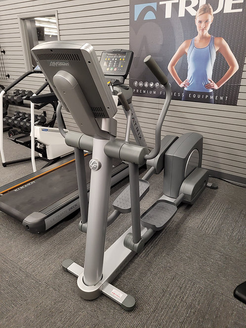 Pre-owned Life Fitness 90x Elliptical