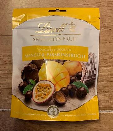 לינדט שוקולד מריר במילוי מנגו ופסיפלורה
