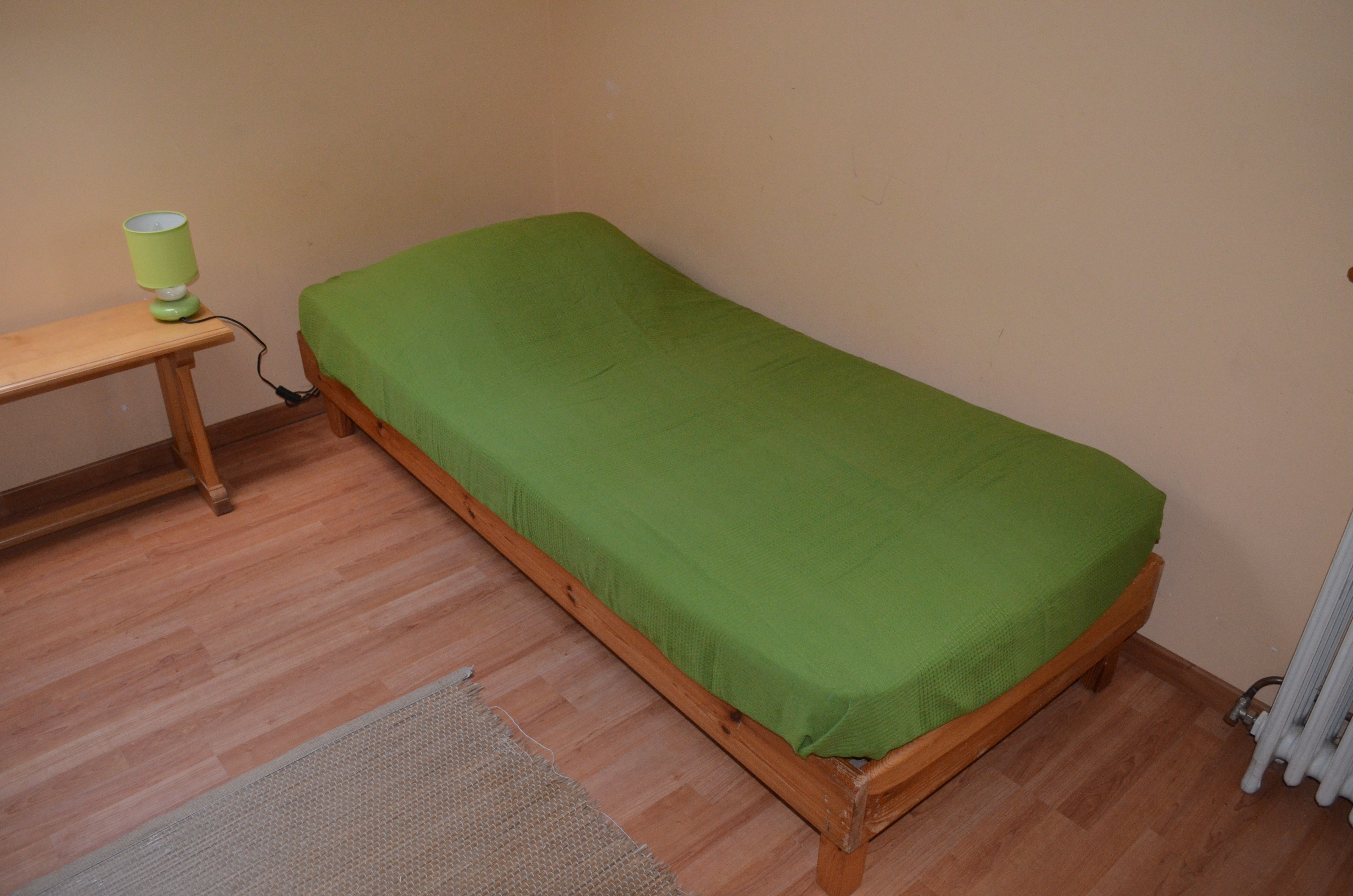 Lit simple dortoir