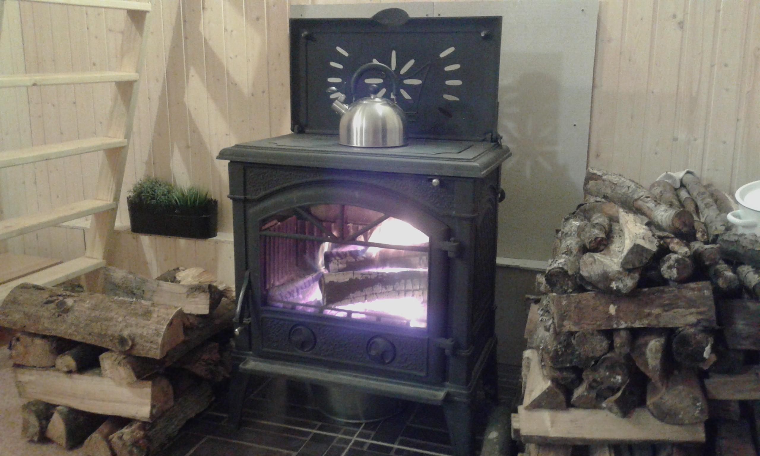 камин - душа гостевого домика