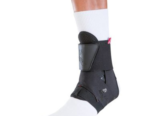 The One® Premium Ankle Brace - מגן קרסול פרימיום עם שרוכי שמיניות לחיזוק של Muel